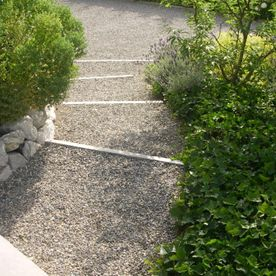 Gravel paths and court - AB Jardin Sarl
