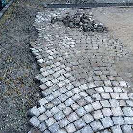 Natural herringbone pavers - AB Jardin Sarl